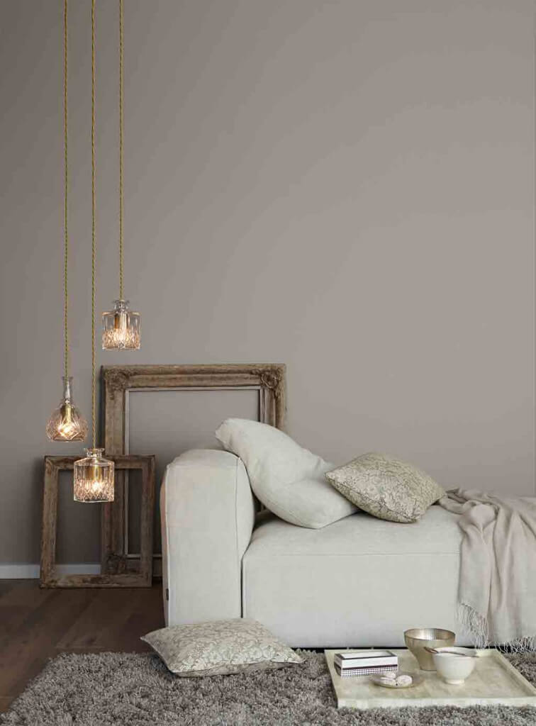 graue w nde gem tlich und edel im landhausstil landhaus. Black Bedroom Furniture Sets. Home Design Ideas