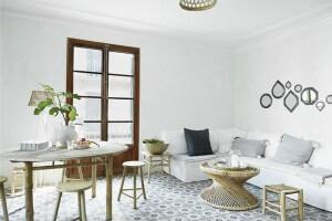Wohnzimmer mit Möbeln von tine k home