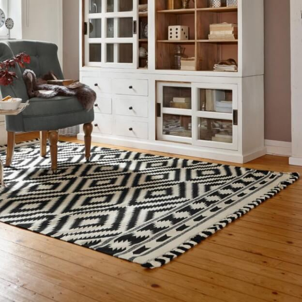 bild 14540. Black Bedroom Furniture Sets. Home Design Ideas