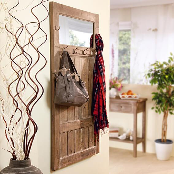 garderobe alte zeit landhaus look. Black Bedroom Furniture Sets. Home Design Ideas