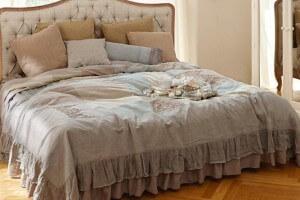 quilt labastide. Black Bedroom Furniture Sets. Home Design Ideas