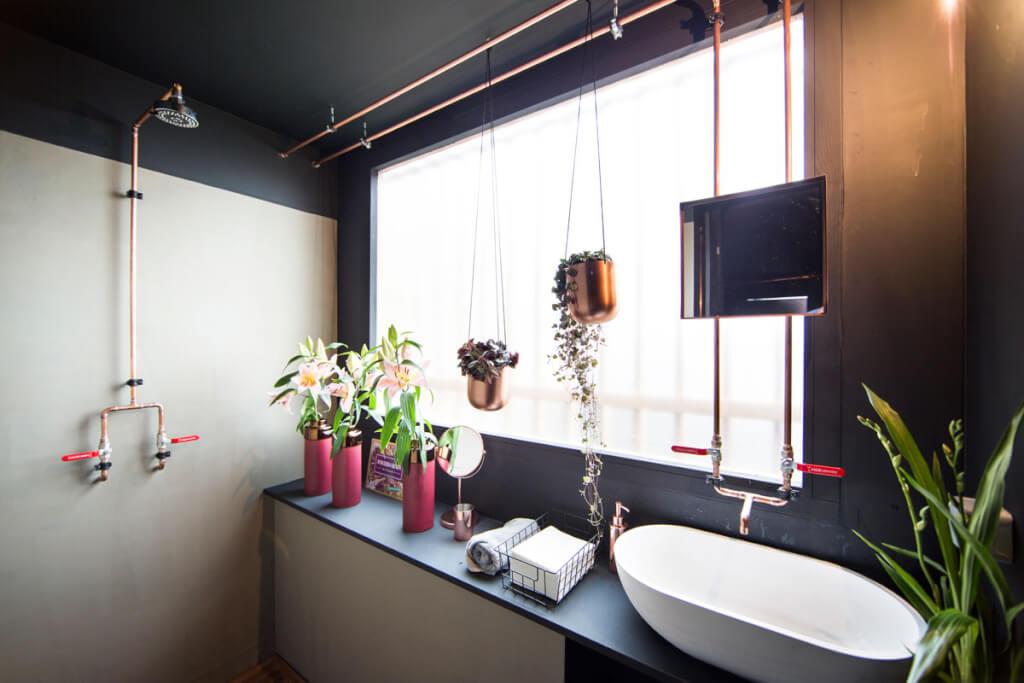 Badezimmer schrebergarten deluxe gartenlaube landhaus look for Zimmer pflanzenversand