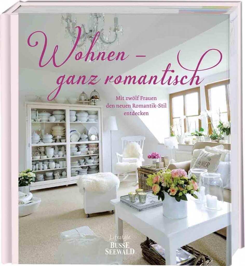 Romantisch wohnen im weißen Landhausstil