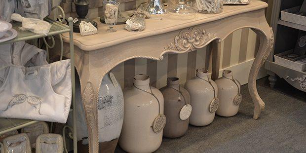 Günstig Und Einzigartig: Möbel Aus Zweiter Hand Vom Flohmarkt