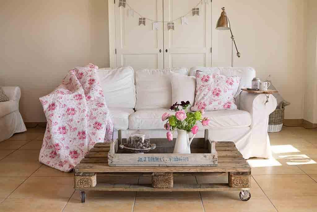 nat rlich wohnen im landhausstil landhaus look. Black Bedroom Furniture Sets. Home Design Ideas