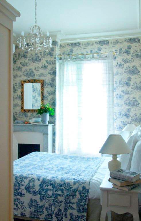Nizza-Villa-Rivoli-Zimmer-blau