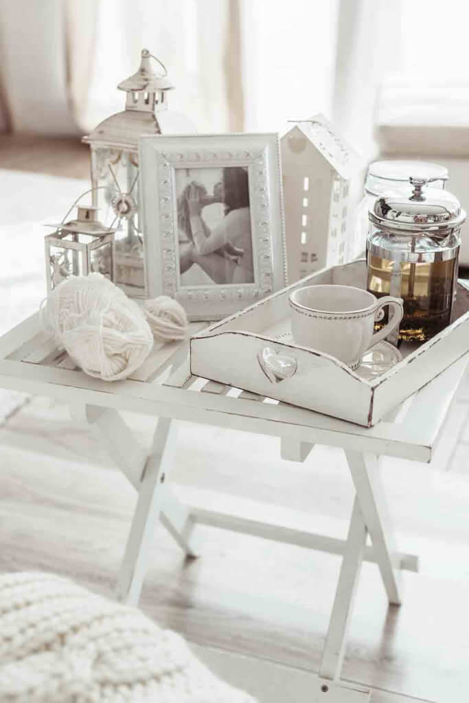 Dekoration im wei en shabby chic - Landhausstil dekoration ...