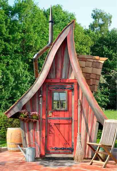 märchenhaftes Gartenhaus Hexe