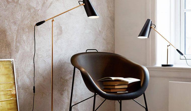 Leuchtenklassiker Birdy wurde vom norwegischen Designer Birger Dahl als Tischleuchte entworfen