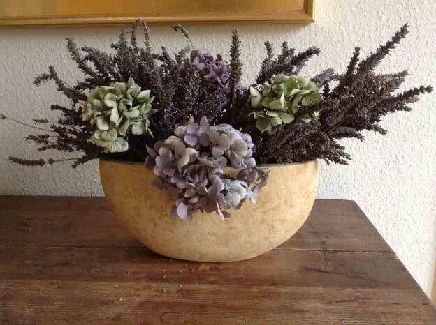 Getrockneter Lavendel mit Hortensien