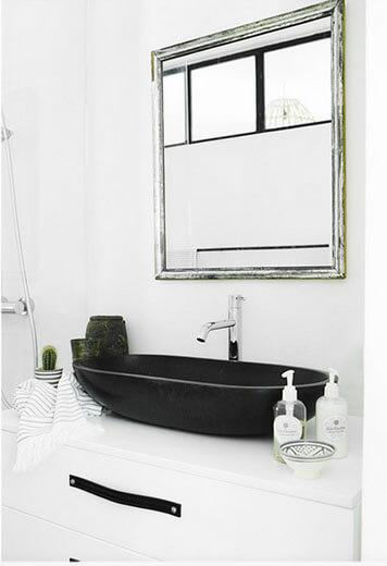 badezimmer in palma skandinavisch schlicht und sch n. Black Bedroom Furniture Sets. Home Design Ideas
