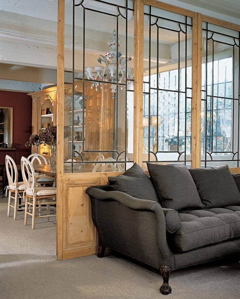 eine wand aus einem wintergarten von 1900 wird zum raumteiler mit charme. Black Bedroom Furniture Sets. Home Design Ideas